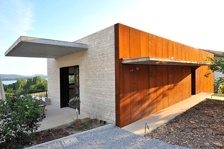 villa a Gavirate fatta da Michela Buzzi Langhi